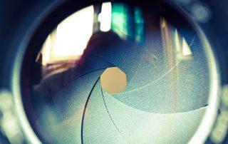 Camera-focus-880x587